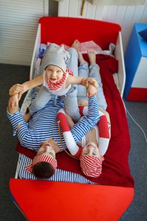 Детская кровать в форме корабля - krowatki.ru