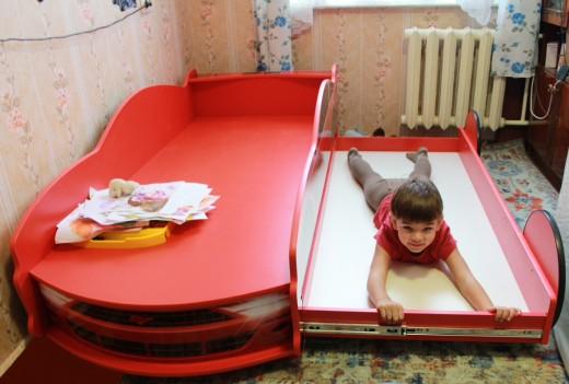 кровать машина в москве