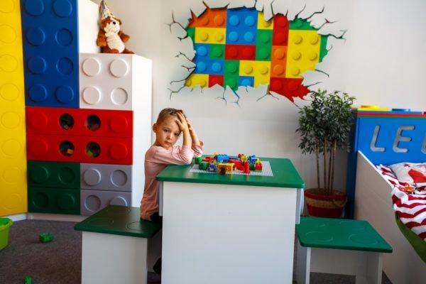 Детская табуретка из серии мебели Lego!