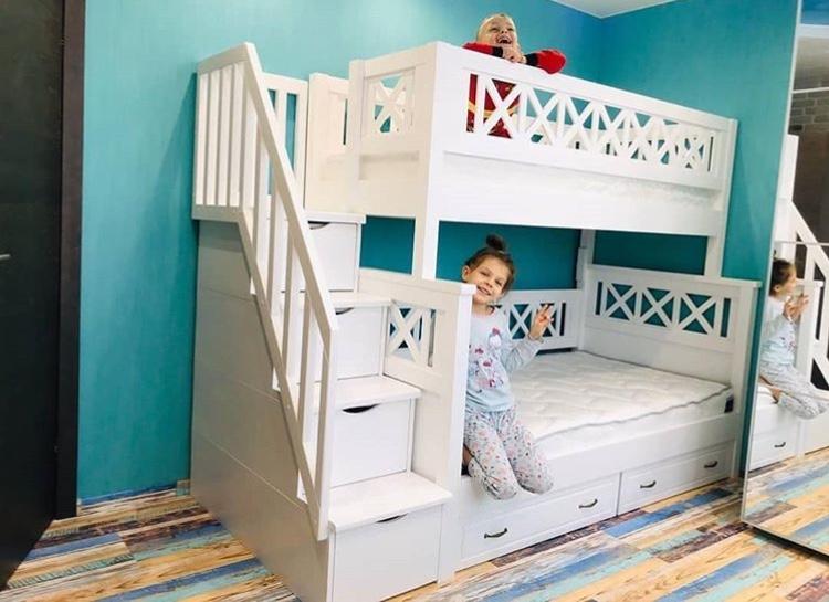 Детская двухъярусная кровать из дерева Прованс