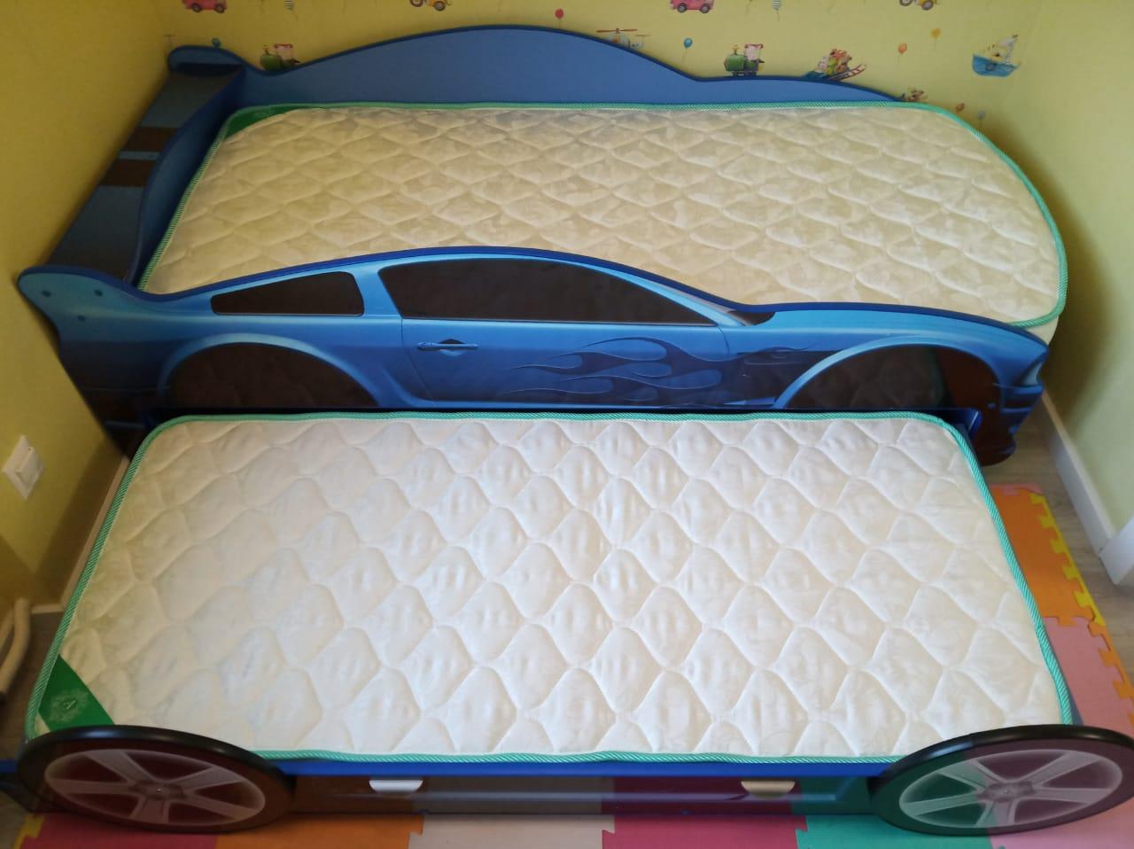 кровать машина двоих