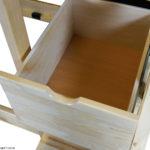 Выдвижные ящики в лестнице для кровати домика