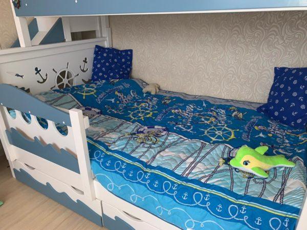 Двухъярусная кровать корабль для мальчика в Москве.