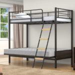 Кровать чердак металлическая с диваном