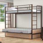 Двухъярусная кровать ребенок
