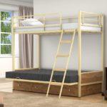 Железная кровать односпальная детская