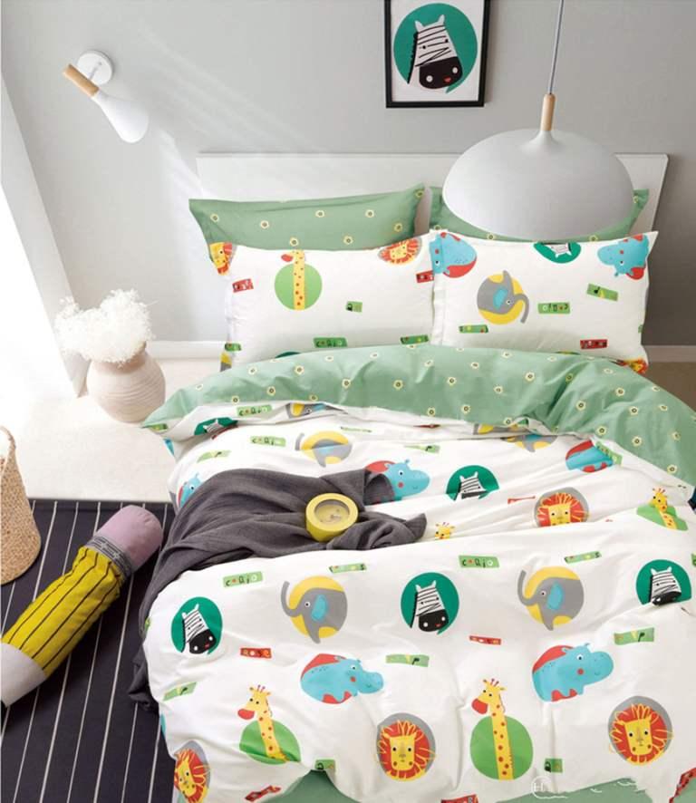 Универсальный размер детского комплекта белья в любую кровать